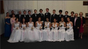 Our 2015 Debutantes. Photo Gannawarra Times